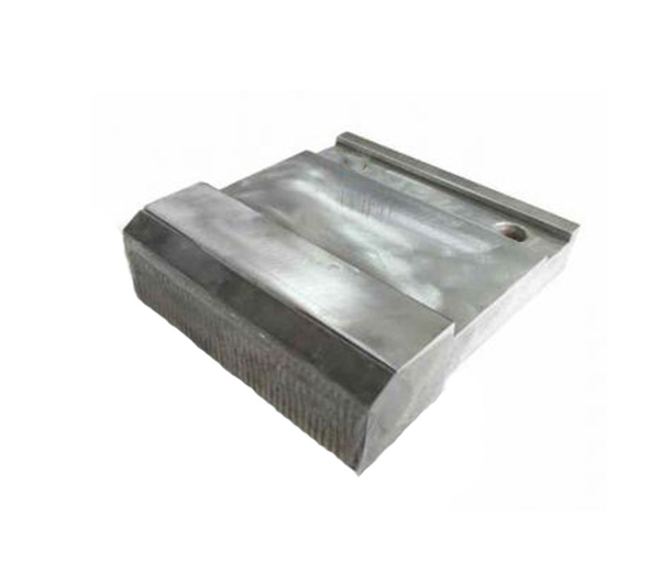 carbide strip for VSI crusher